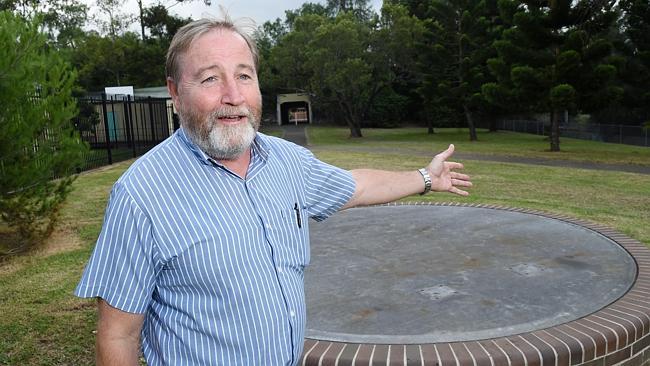 Seven Hills RSL veterans and Holroyd Council at war over missing Wentworthville war memorial gun